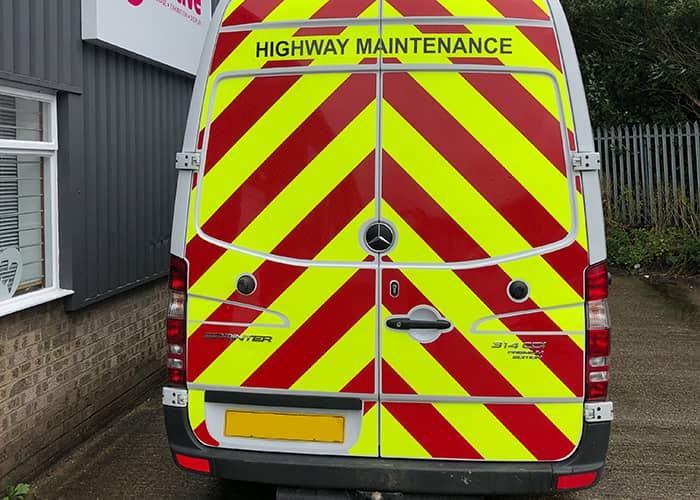 Chapter 8 Chevron Grapjhics for Highway Maintenance Van